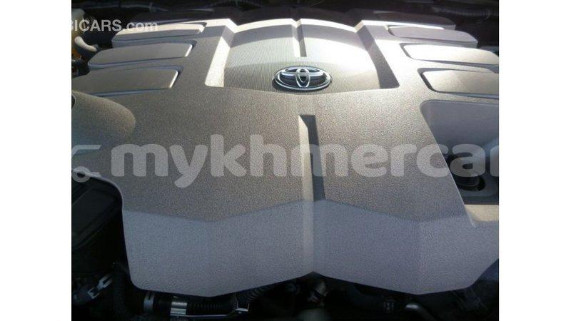 Big with watermark toyota land cruiser kampot province import dubai 3344