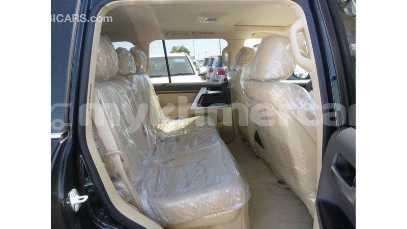Big with watermark toyota land cruiser kampot province import dubai 3557
