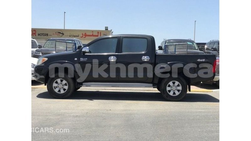Big with watermark toyota hilux kampot province import dubai 4085