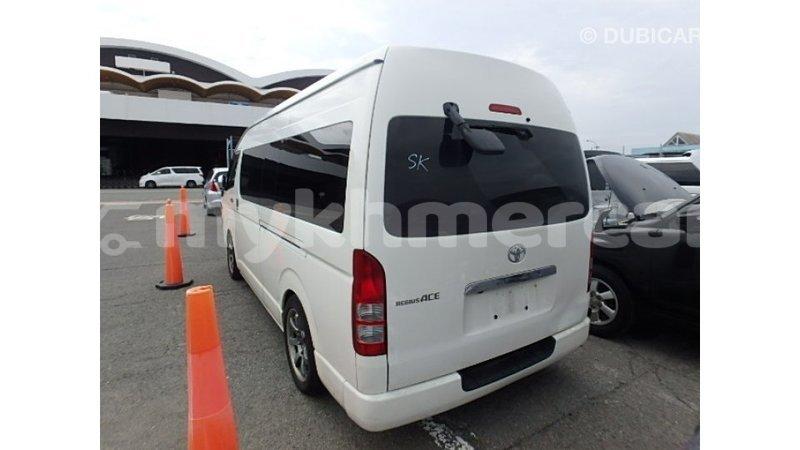 Big with watermark toyota hiace kampot province import dubai 4557