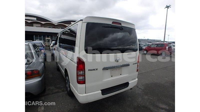 Big with watermark toyota hiace kampot province import dubai 4576