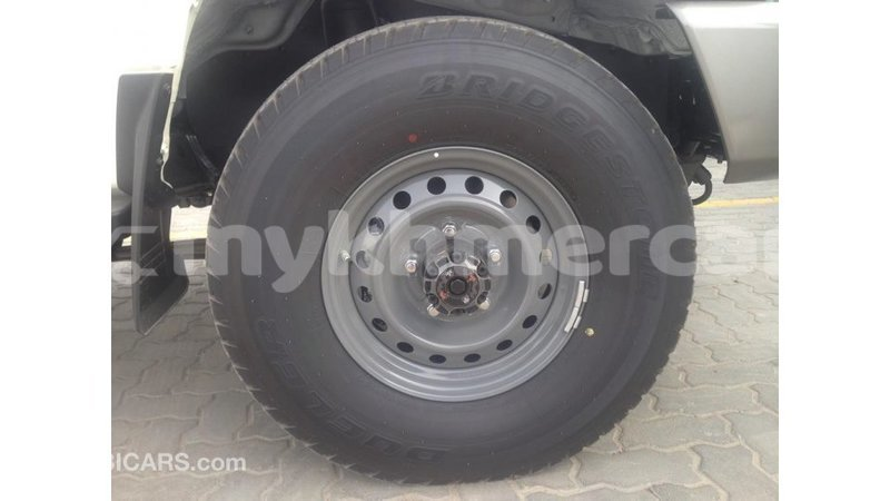Big with watermark toyota land cruiser kampot province import dubai 4627