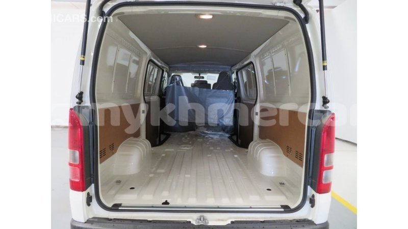 Big with watermark toyota hiace kampot province import dubai 4632