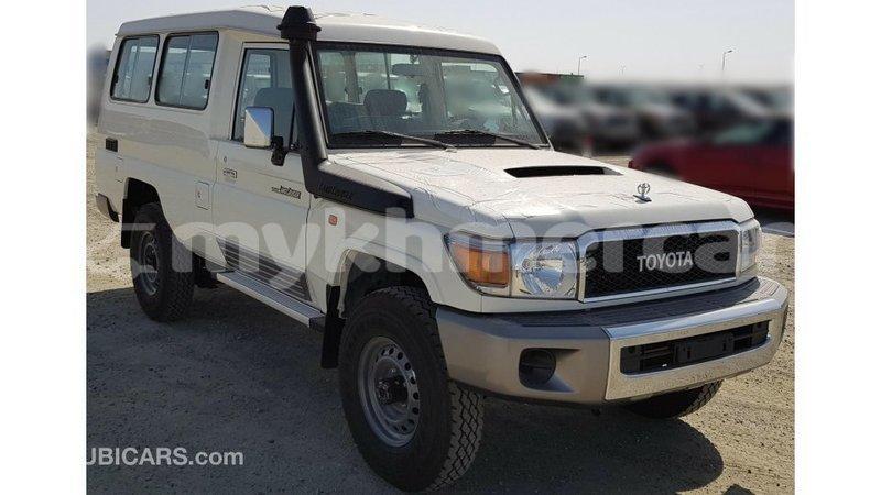 Big with watermark toyota land cruiser kampot province import dubai 4818