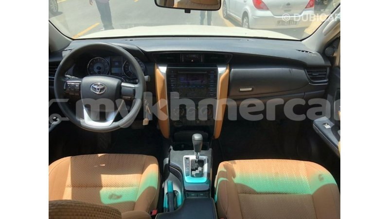 Big with watermark toyota fortuner kampot province import dubai 4867