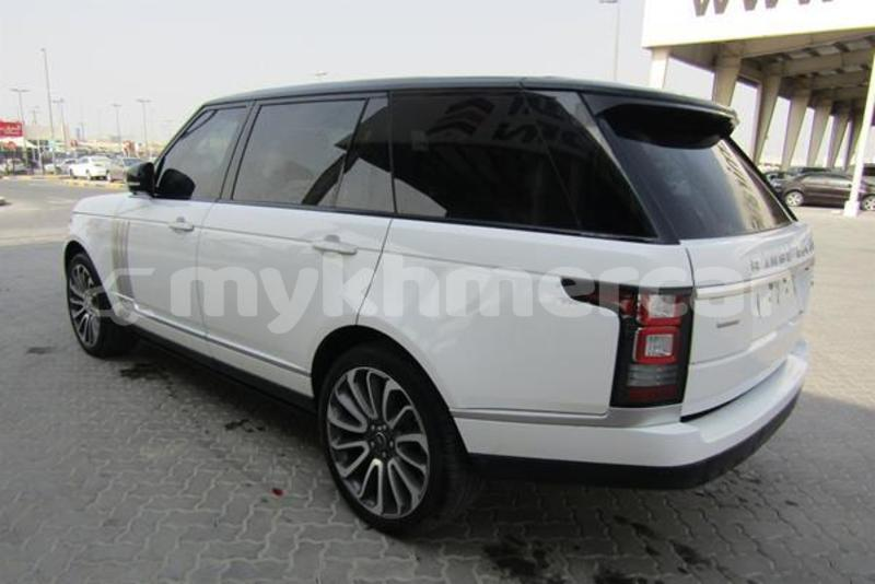 Big with watermark land rover range rover svay rieng province bavet 4921